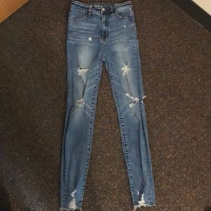Size 0 distressed high waisted jeggings